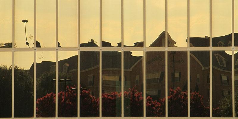 Spiegelfolien auf Bürofenster
